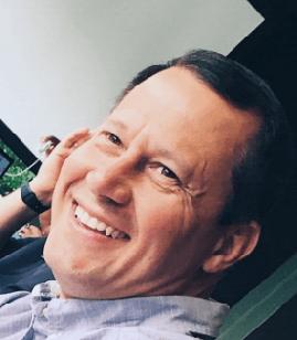 технический переводчик АкадемПеревод Юрий